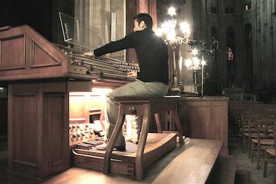 【ピアノ演奏動画あり】パイプオルガン奏者の経歴を持つ小林丸人さん